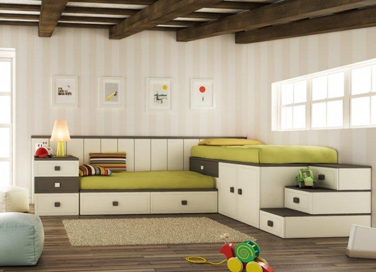 Camas triples de tipo compacto literas camas tren for Camas triples juveniles